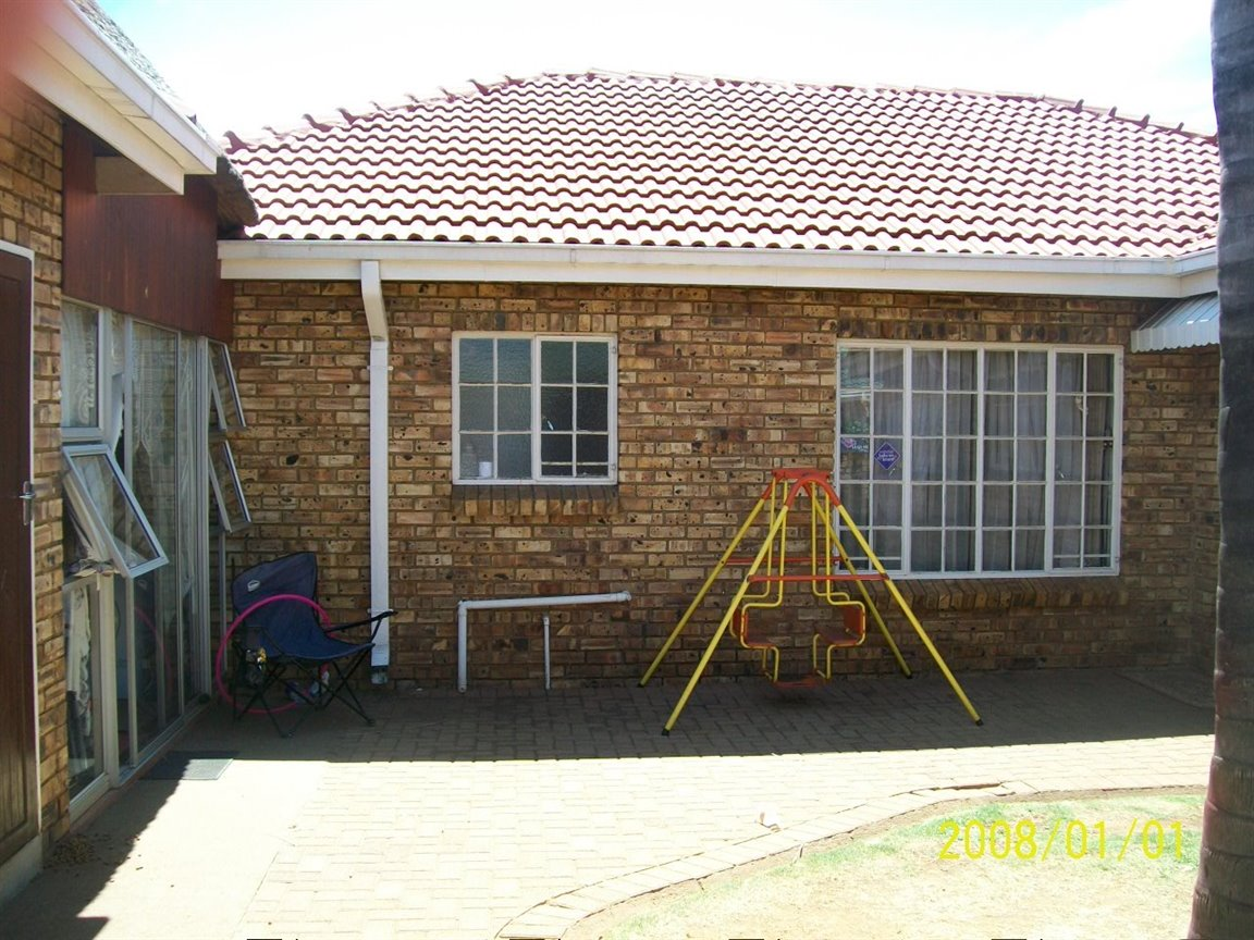 Randfontein, Culemborgpark Property  | Houses For Sale Culemborgpark, Culemborgpark, Townhouse 3 bedrooms property for sale Price:1,080,000