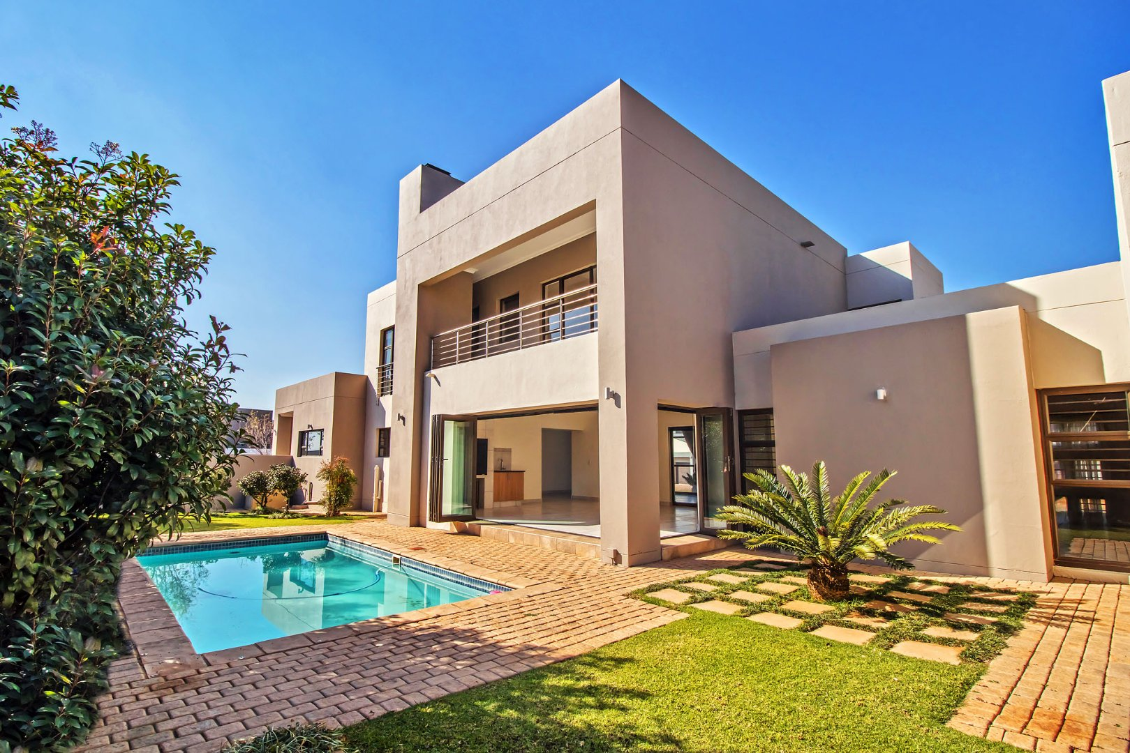 Property and Houses for sale in Silverwoods Country Estate, House, 4 Bedrooms - ZAR 4,495,000