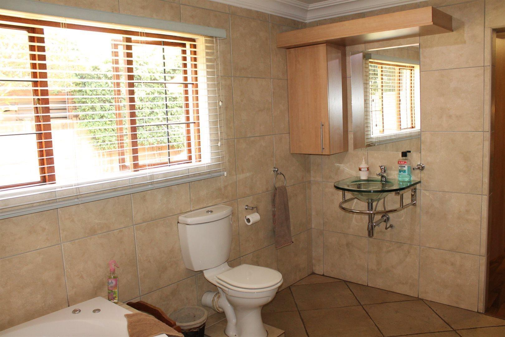 Pretoria North property for sale. Ref No: 13566722. Picture no 25
