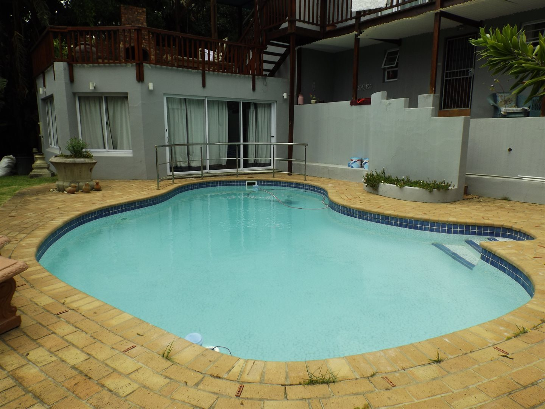 Bonnie Doone property for sale. Ref No: 13576132. Picture no 24