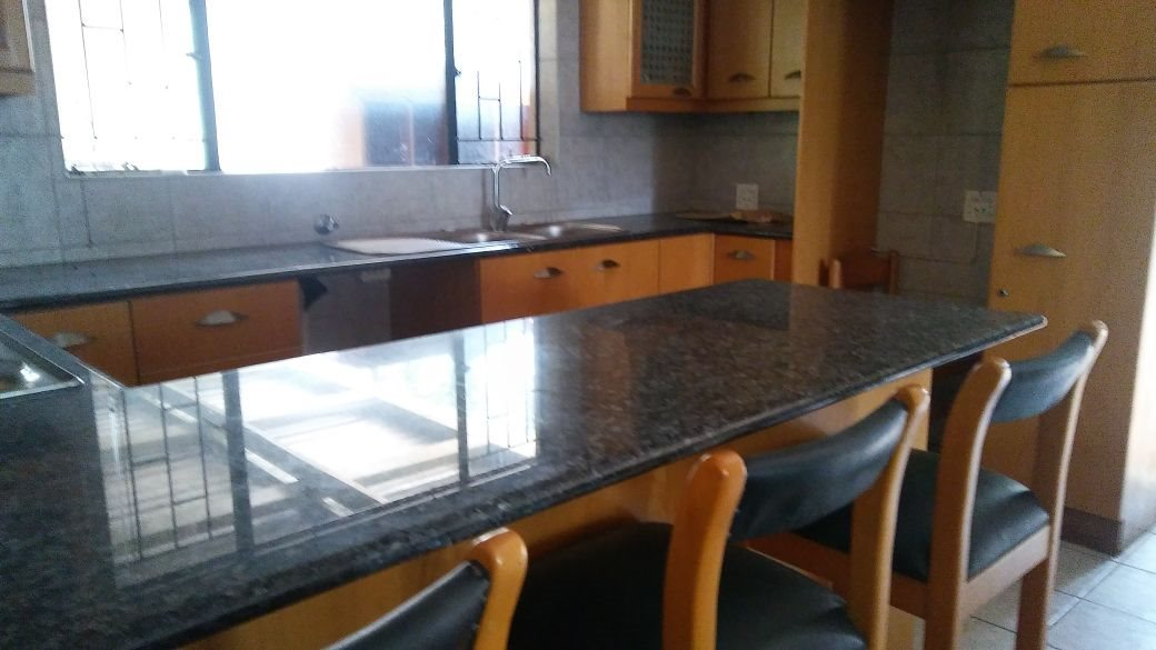 Rant En Dal property for sale. Ref No: 13647329. Picture no 33