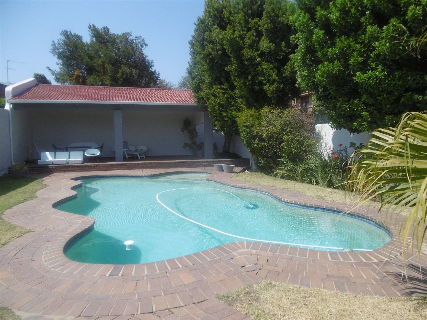 Bryanston for sale property. Ref No: 13531722. Picture no 18