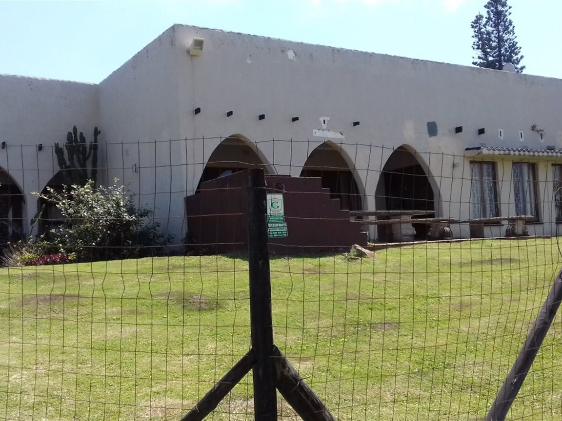 Property and Houses for sale in Leisure Bay, House, 4 Bedrooms - ZAR 1,297,000