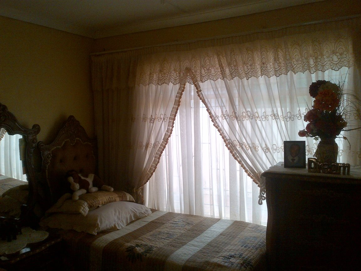 Sebokeng Zone 17 property for sale. Ref No: 12790084. Picture no 11