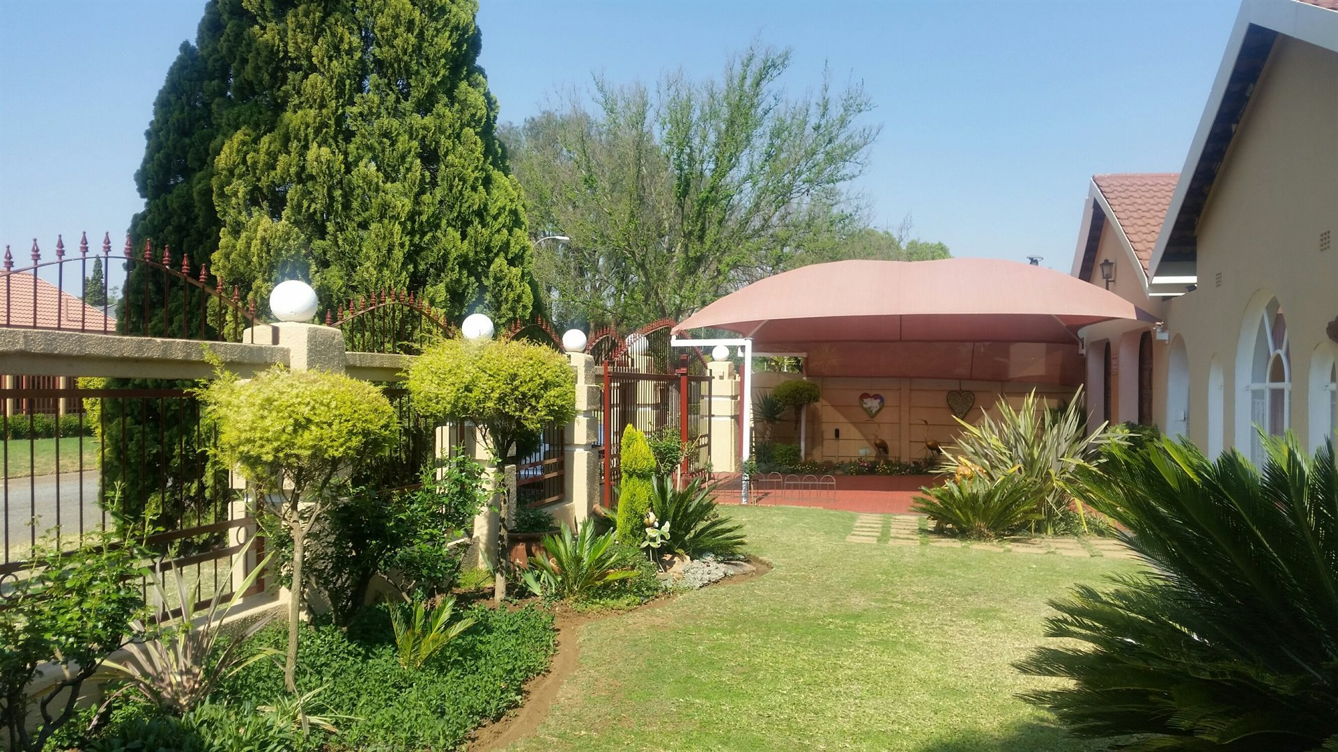 Vereeniging, Falcon Ridge Property  | Houses For Sale Falcon Ridge, Falcon Ridge, House 3 bedrooms property for sale Price:1,195,000