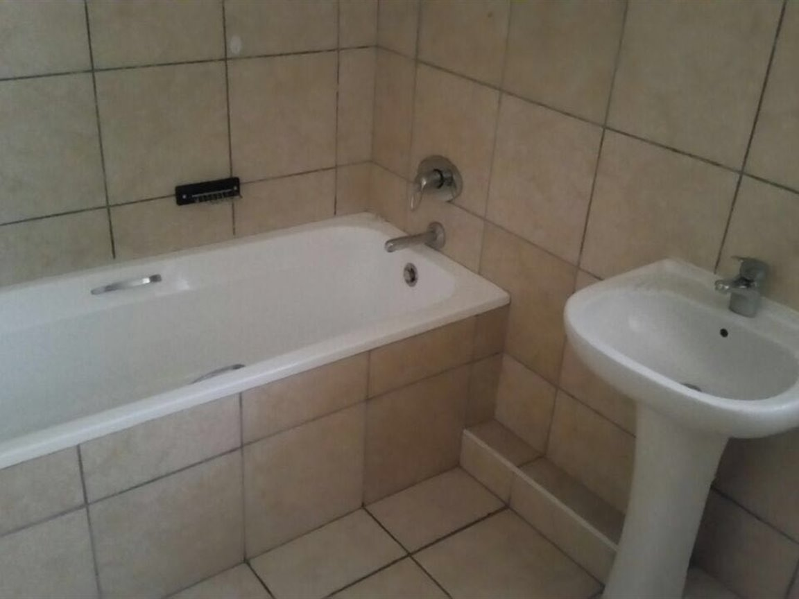 Kingsburgh property for sale. Ref No: 13378000. Picture no 4