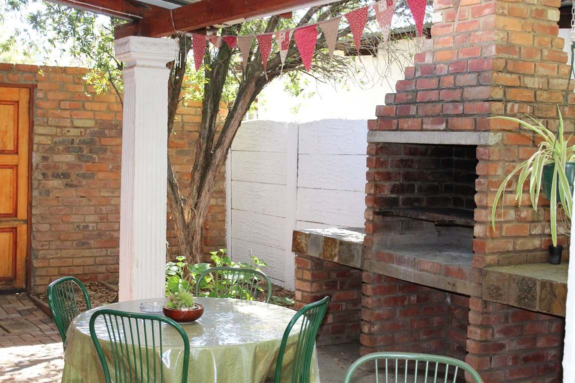 Potchefstroom Central property for sale. Ref No: 13388086. Picture no 22