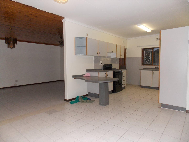 Noordsig property to rent. Ref No: 13525991. Picture no 6