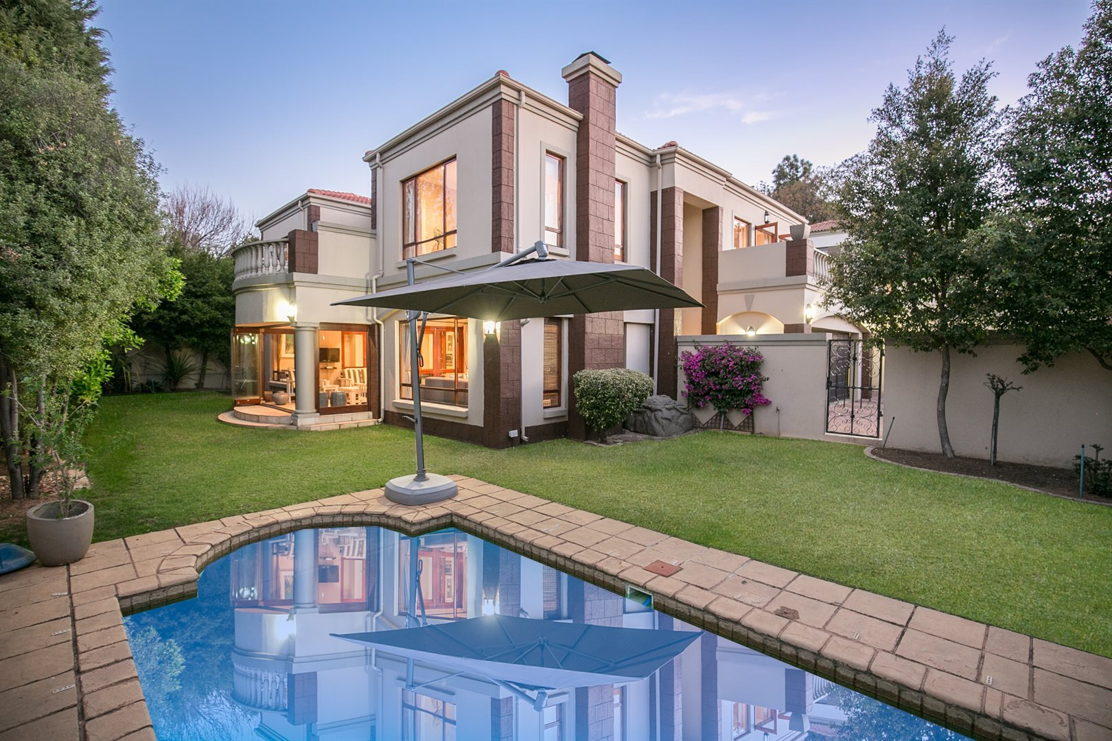 Sandton, Beverley Property  | Houses For Sale Beverley, Beverley, House 4 bedrooms property for sale Price:3,350,000