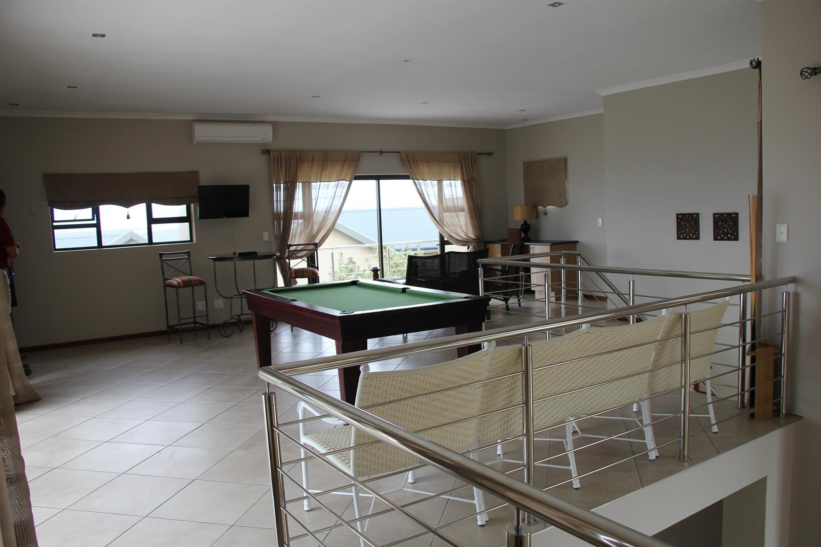 Pinnacle Point Golf Estate property for sale. Ref No: 13460408. Picture no 10