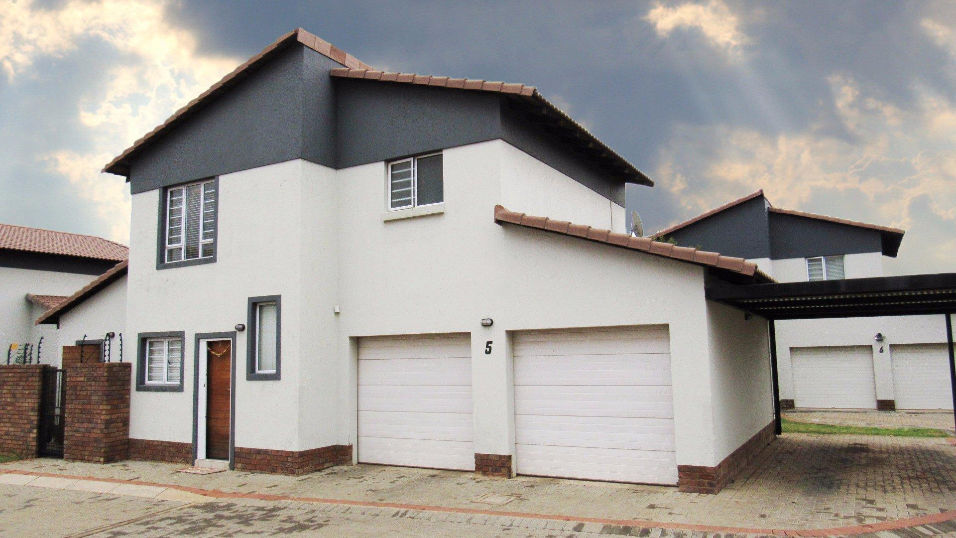 Pretoria, Hazeldean Property  | Houses For Sale Hazeldean, Hazeldean, House 3 bedrooms property for sale Price:1,750,000