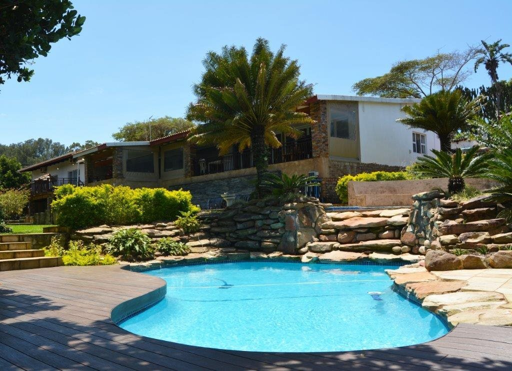 Property and Houses for sale in Port Edward, Farms, 4 Bedrooms - ZAR 3,760,000