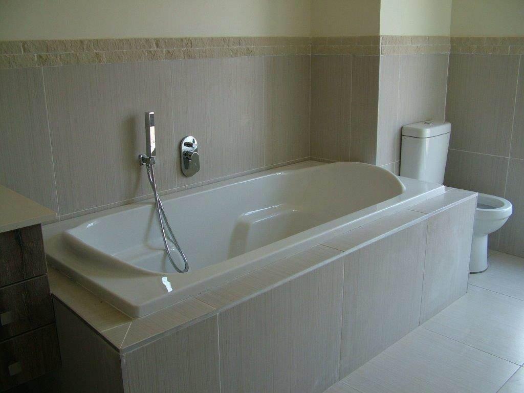 Midstream Ridge Estate property for sale. Ref No: 13500456. Picture no 6