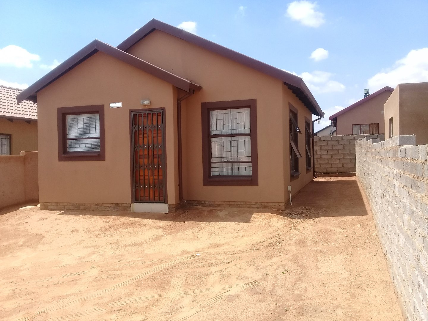 Soshanguve East property for sale. Ref No: 13589776. Picture no 3