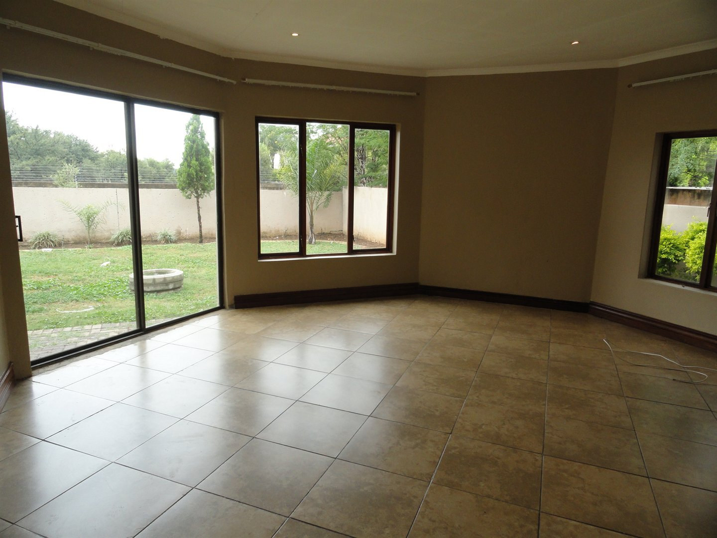 Willow Acres Estate property for sale. Ref No: 13473862. Picture no 4