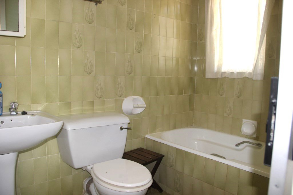Southport property for sale. Ref No: 13554825. Picture no 24