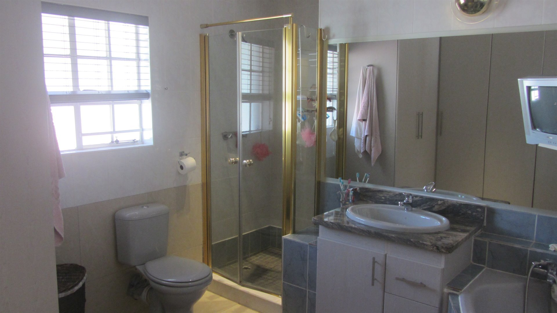 Waterkloof Heights property for sale. Ref No: 13484685. Picture no 21