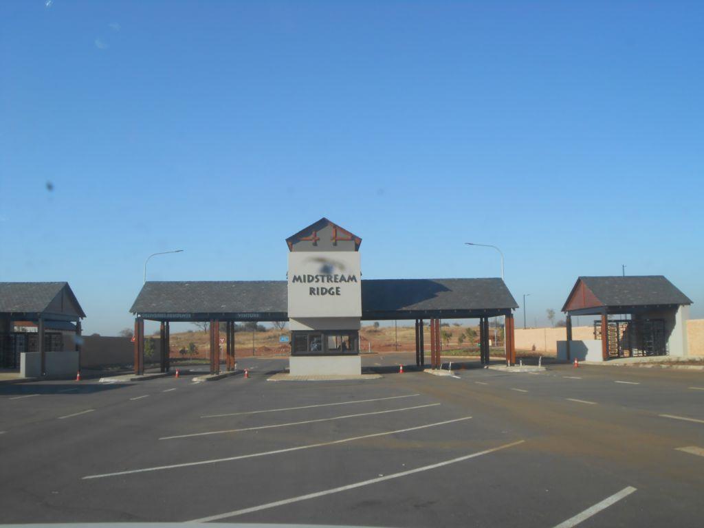 Midstream Ridge Estate property for sale. Ref No: 13452075. Picture no 2