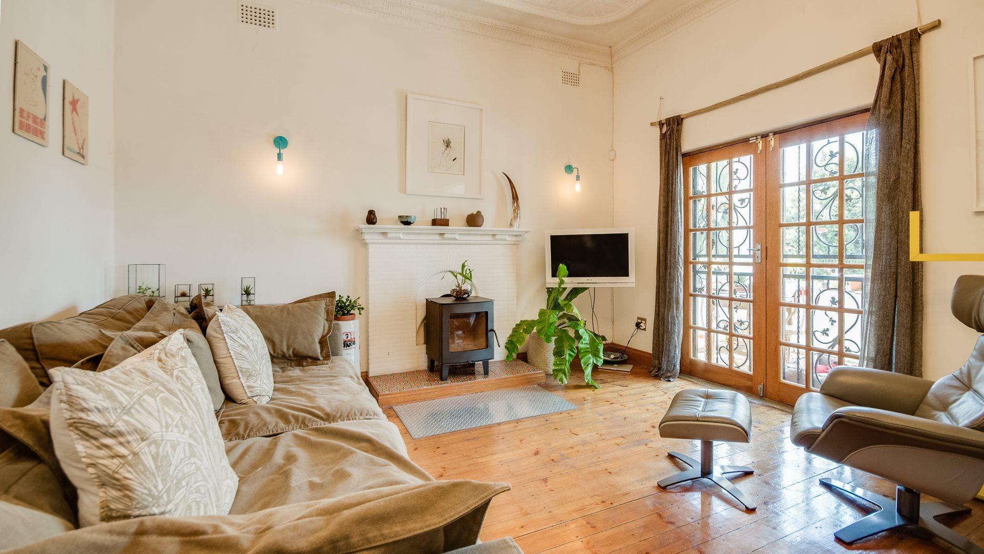 Orange Grove property for sale. Ref No: 13551072. Picture no 12