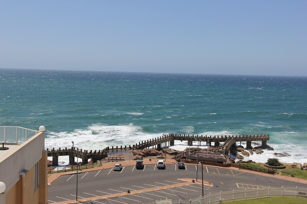 Margate property for sale. Ref No: 13350676. Picture no 17