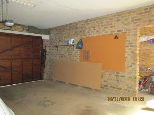 Glenvista property for sale. Ref No: 13525322. Picture no 15
