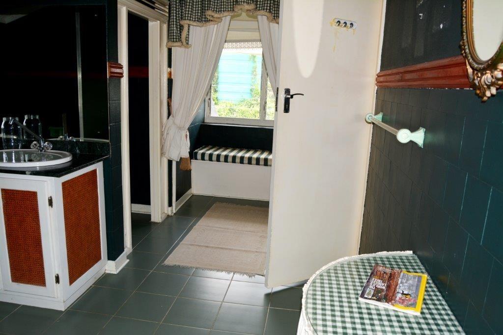 Woodgrange property for sale. Ref No: 13413908. Picture no 18