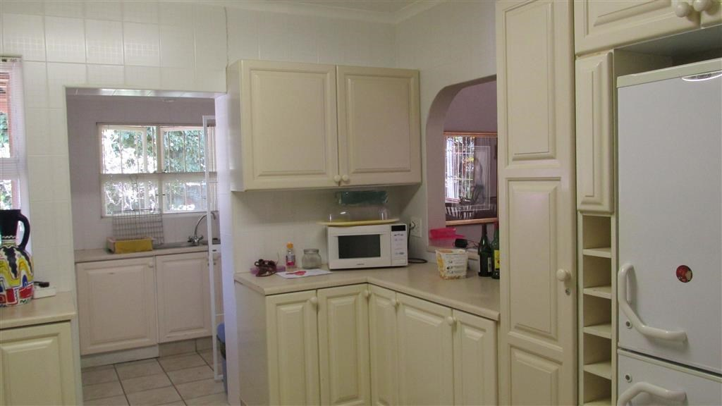 Ramsgate property for sale. Ref No: 12735403. Picture no 8
