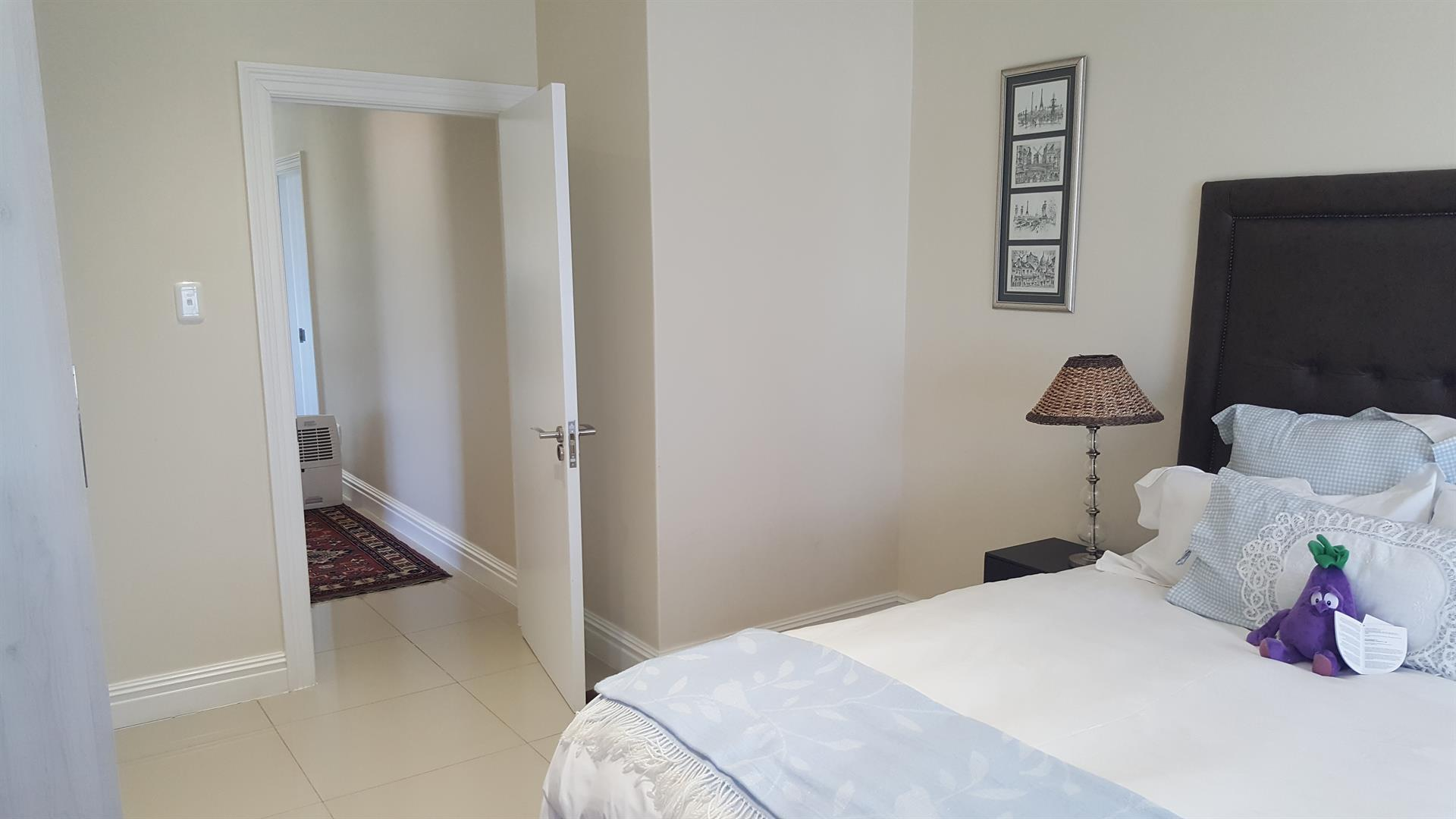 Yzerfontein property for sale. Ref No: 13454156. Picture no 34