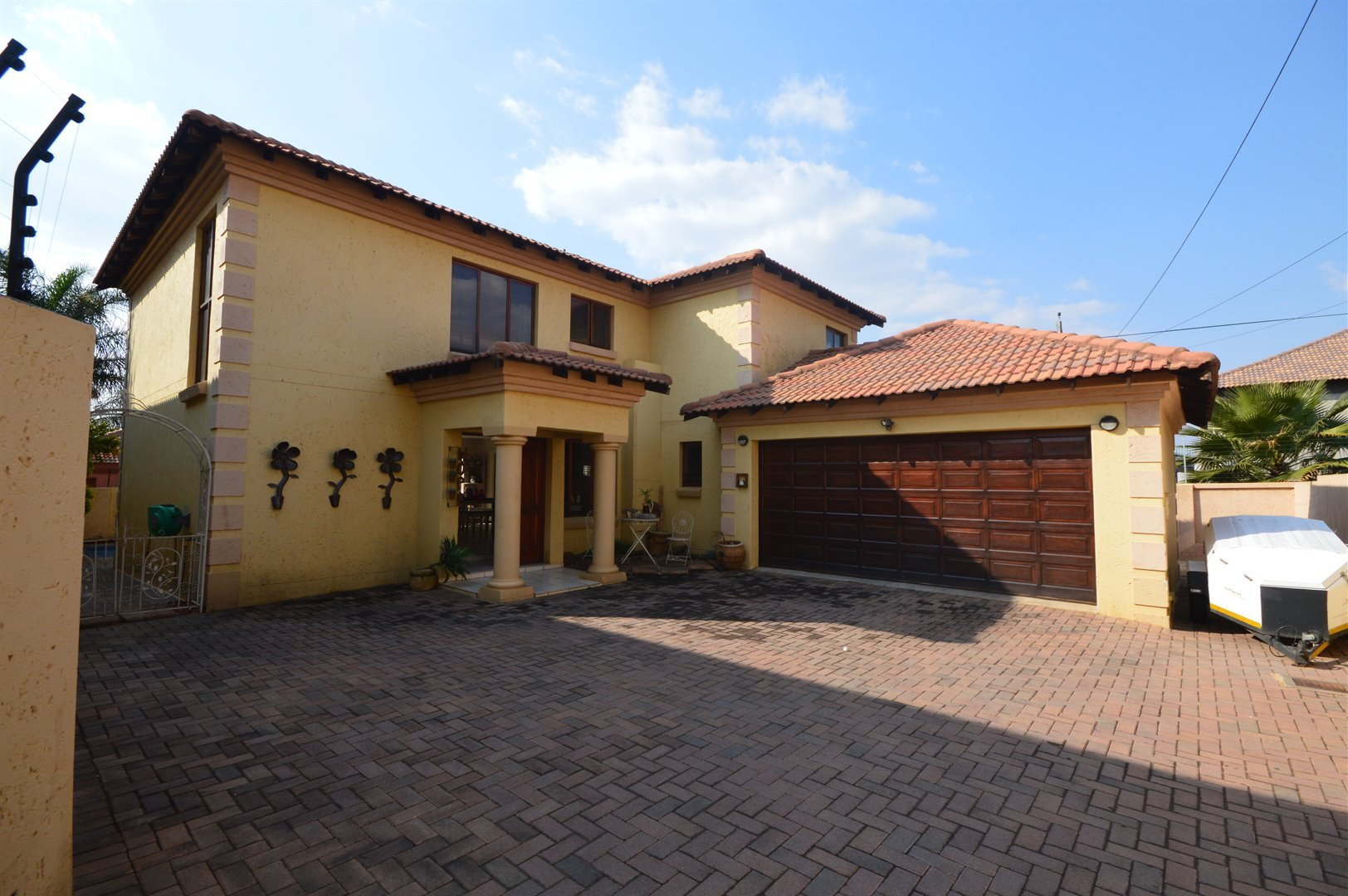 Centurion, Highveld Property  | Houses To Rent Highveld, Highveld, House 4 bedrooms property to rent Price:, 15,00*