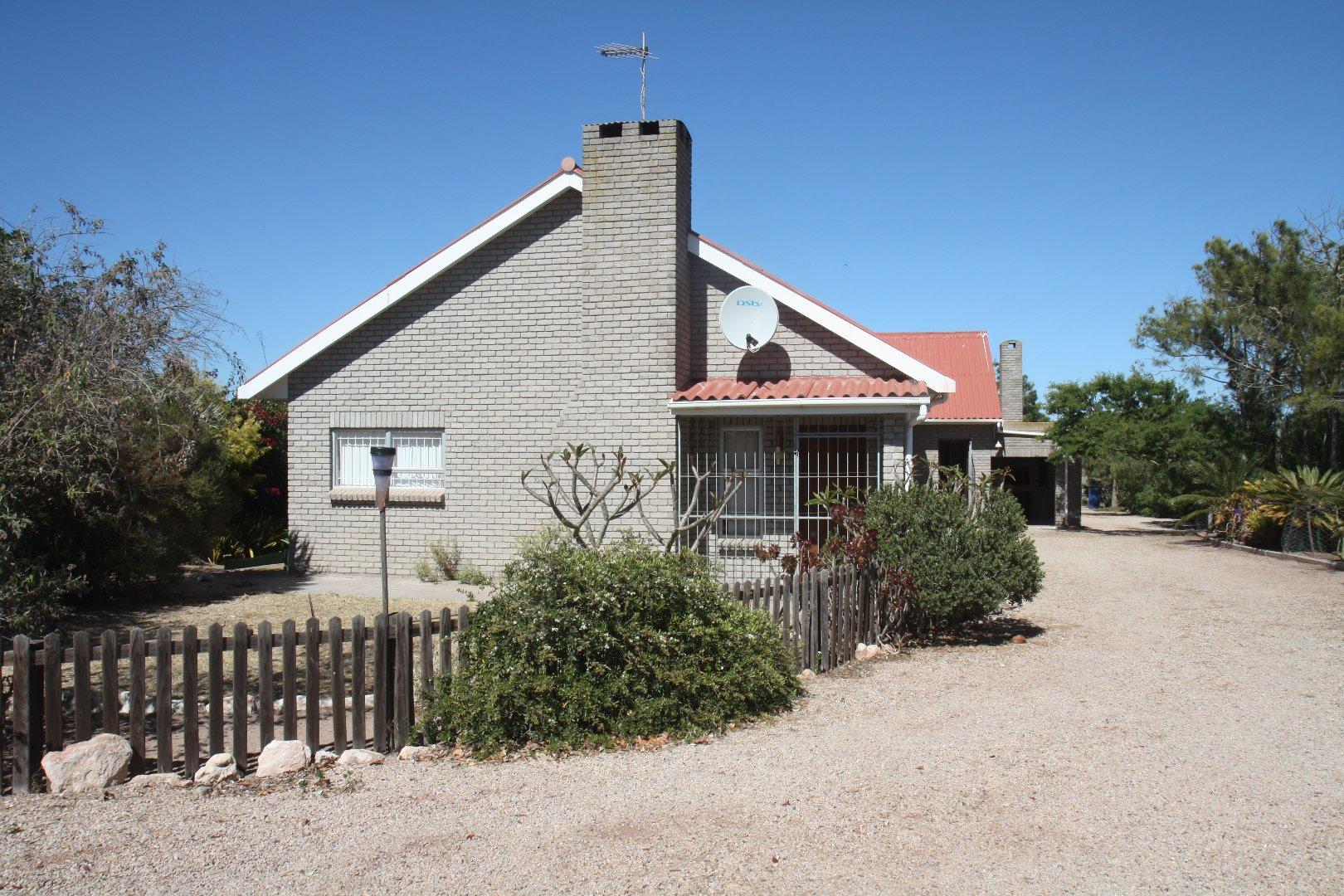 Property and Houses for sale in Trekoskraal, House, 3 Bedrooms - ZAR 3,500,000
