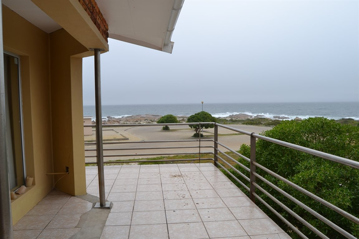 Lamberts Bay property for sale. Ref No: 13394487. Picture no 4