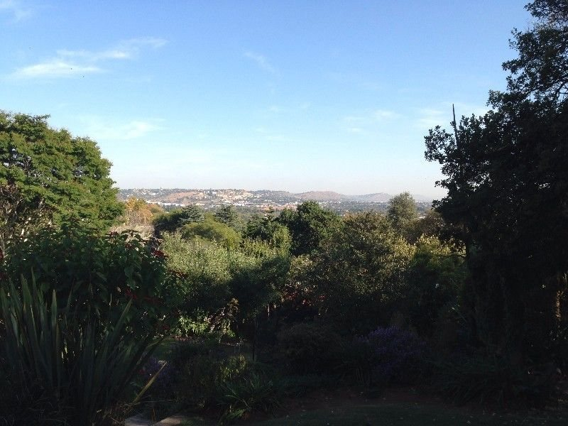 Northcliff property for sale. Ref No: 13481276. Picture no 34