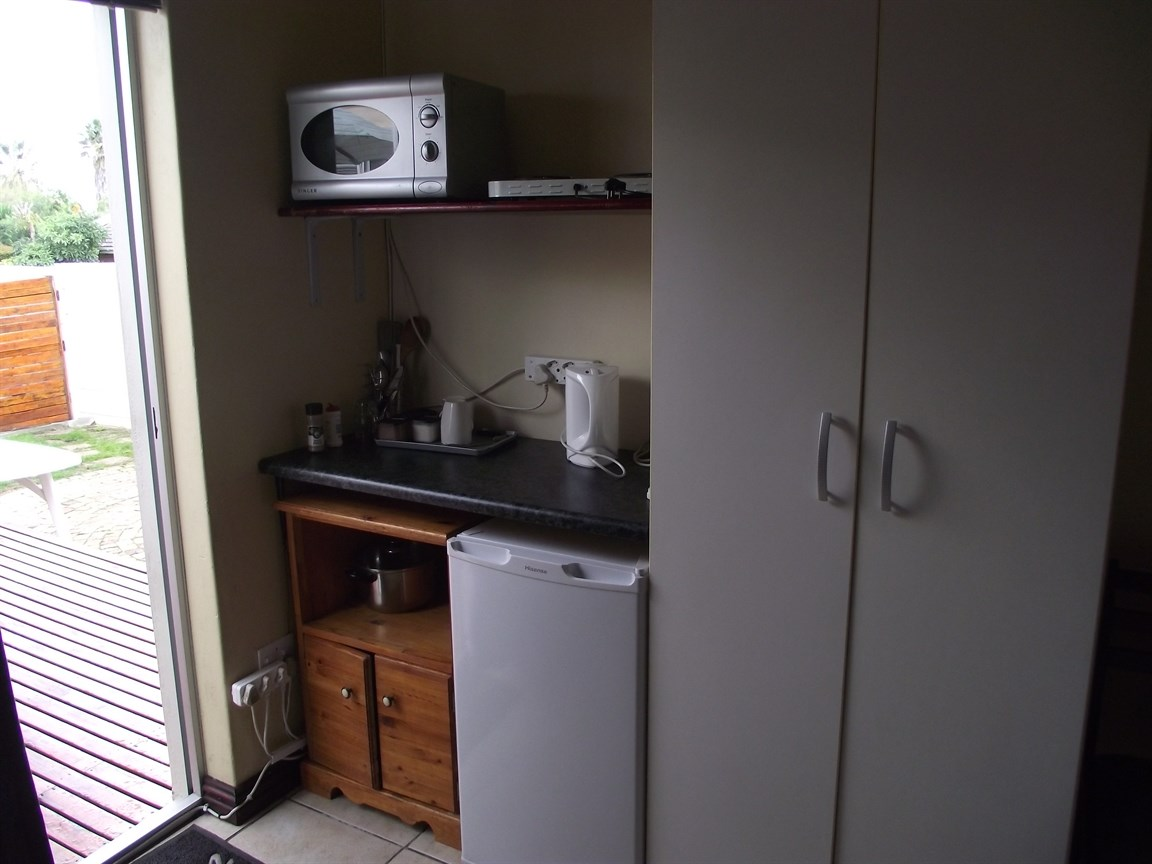 Plattekloof property to rent. Ref No: 13495691. Picture no 5