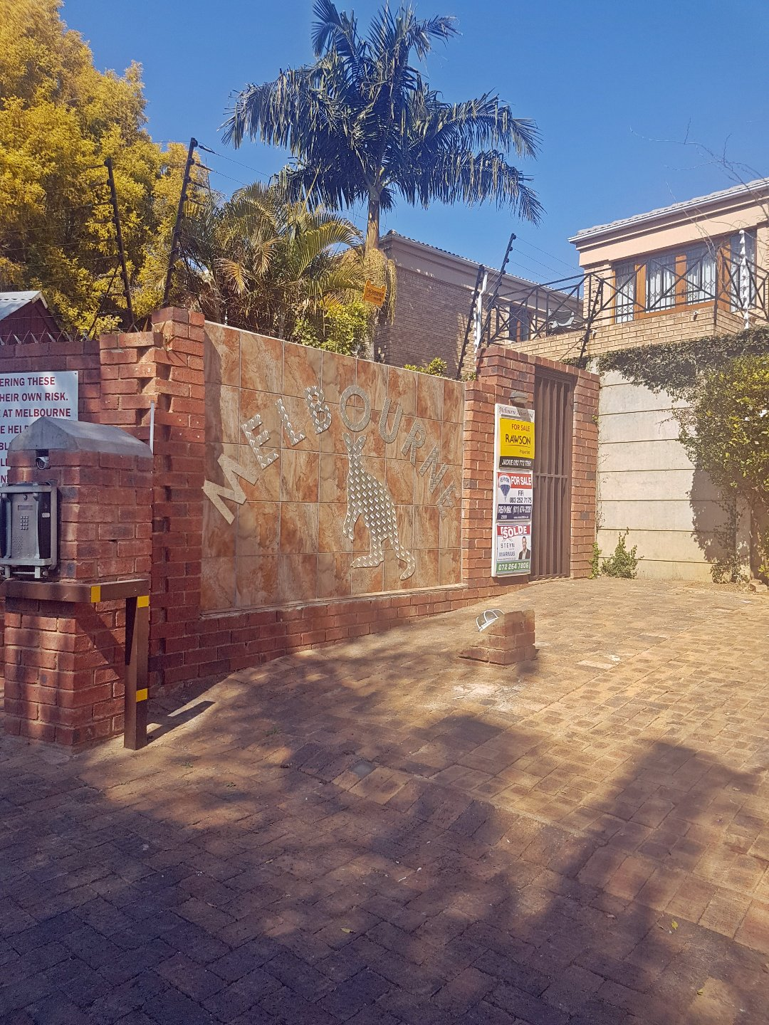 Roodepoort, Little Falls Property  | Houses For Sale Little Falls, Little Falls, Townhouse 3 bedrooms property for sale Price:1,250,000
