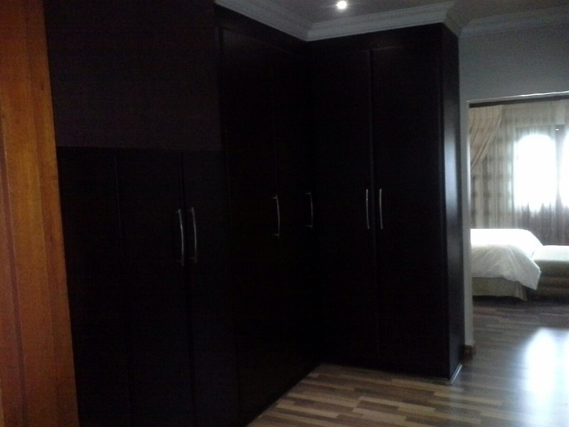 Meyerton Ext 6 property for sale. Ref No: 12769874. Picture no 21