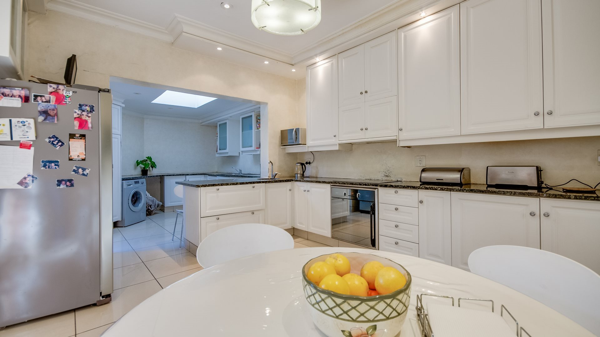 Houghton Estate property for sale. Ref No: 13527223. Picture no 4