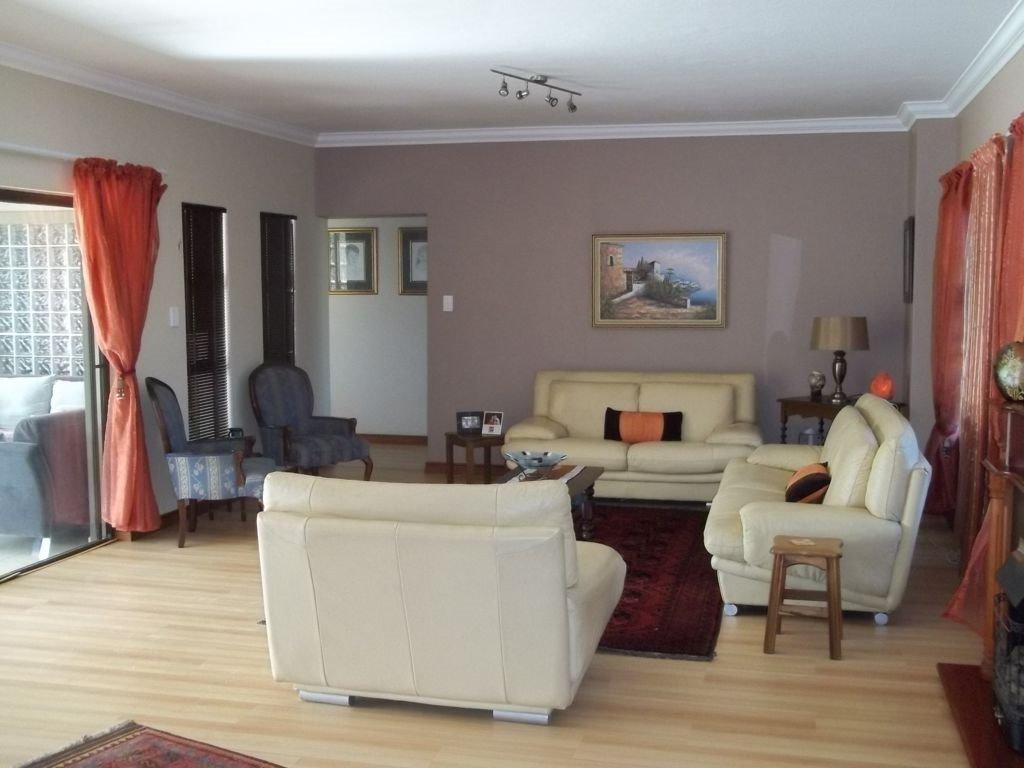 Midstream Estate property for sale. Ref No: 13430982. Picture no 5