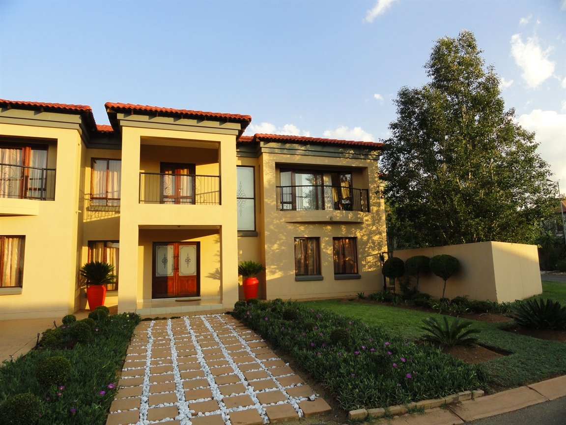 Pretoria, Willow Acres Estate Property  | Houses To Rent Willow Acres Estate, Willow Acres Estate, House 5 bedrooms property to rent Price:, 18,00*