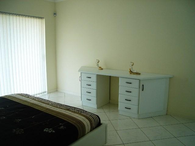 Pennington property for sale. Ref No: 12792370. Picture no 9