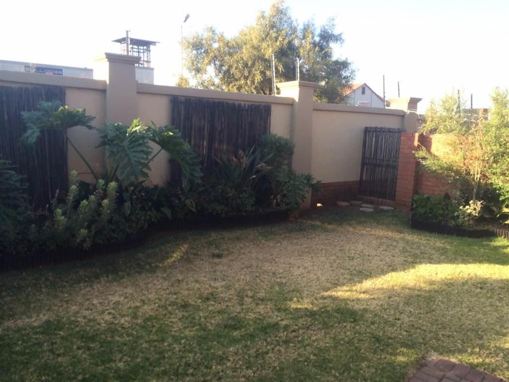 Eco Park Estate property for sale. Ref No: 13552428. Picture no 3