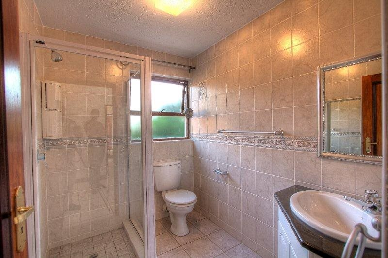 Fourways Gardens property for sale. Ref No: 13401246. Picture no 14