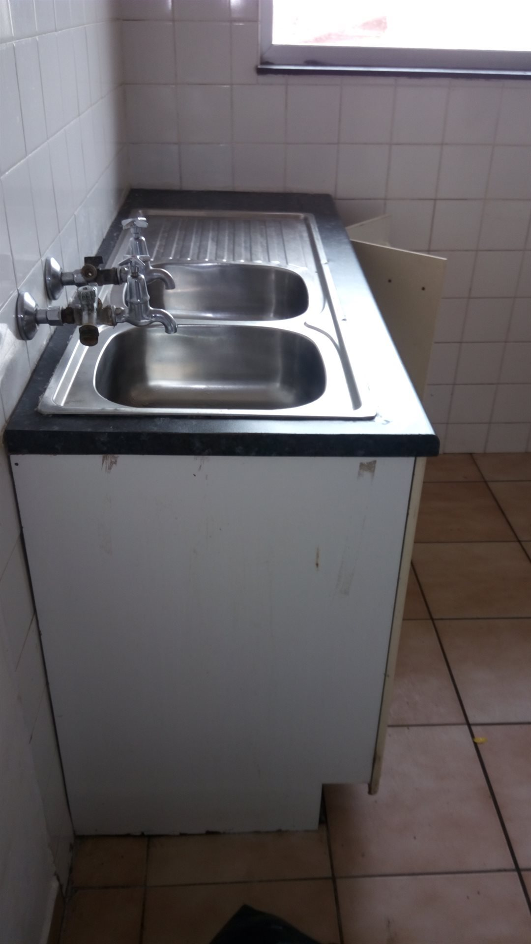 Brackenham property to rent. Ref No: 13560770. Picture no 5