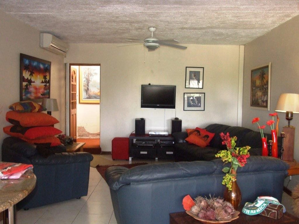 Port Edward property for sale. Ref No: 12789097. Picture no 14