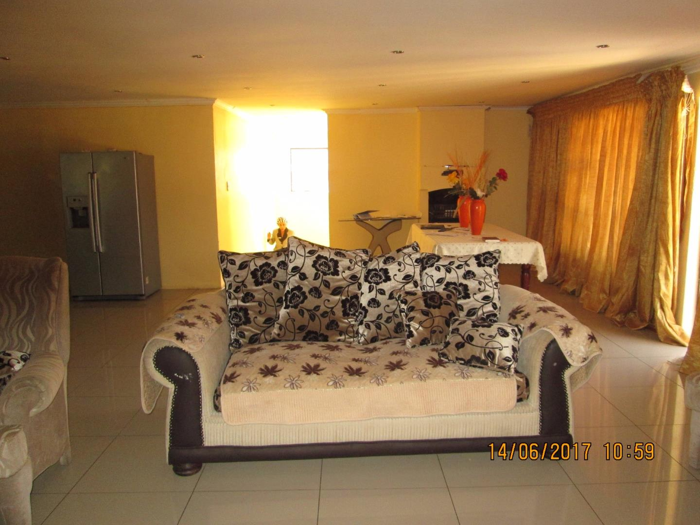 Mondeor property for sale. Ref No: 13526240. Picture no 16