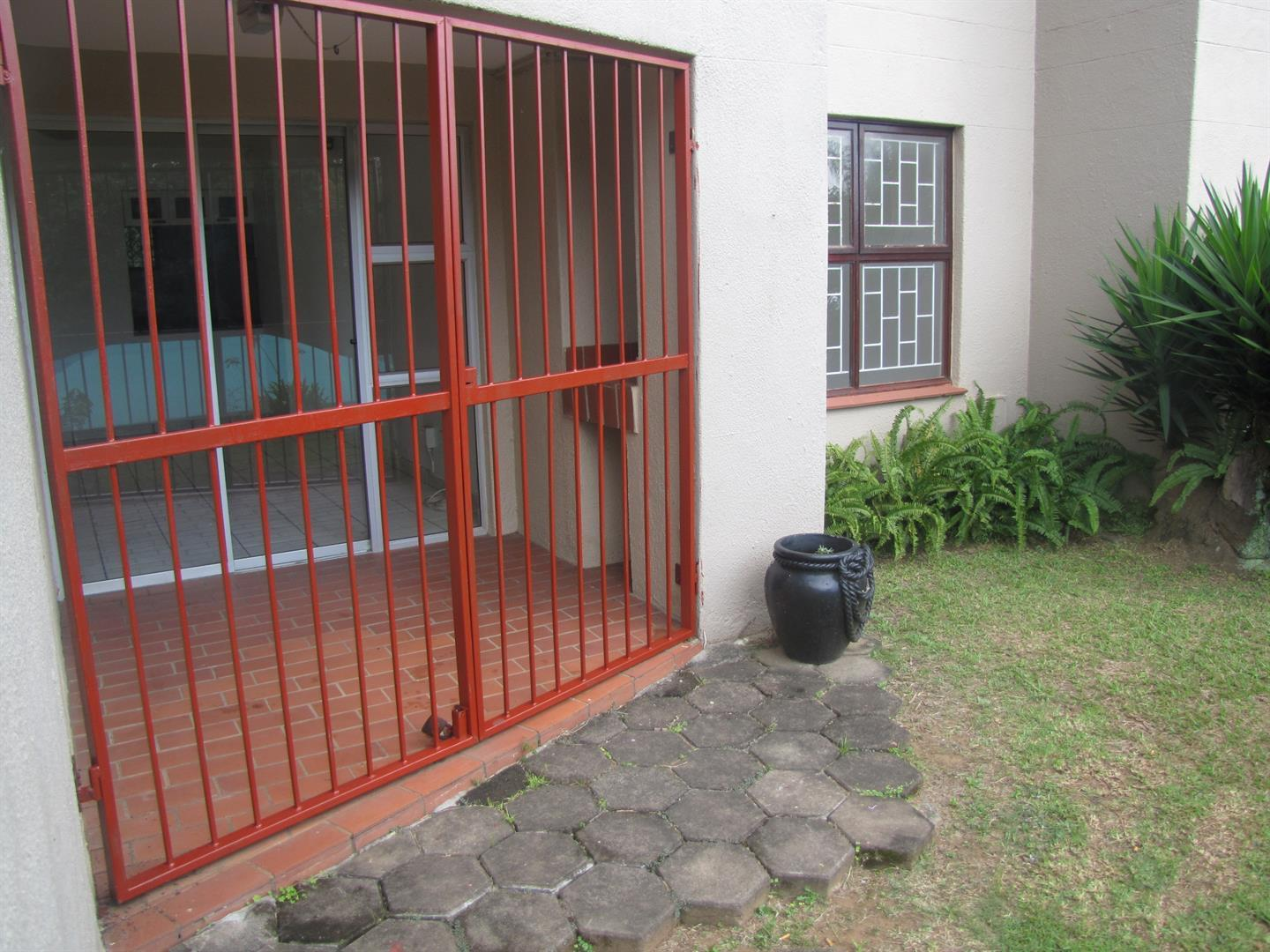 Amanzimtoti to rent property. Ref No: 13518116. Picture no 2