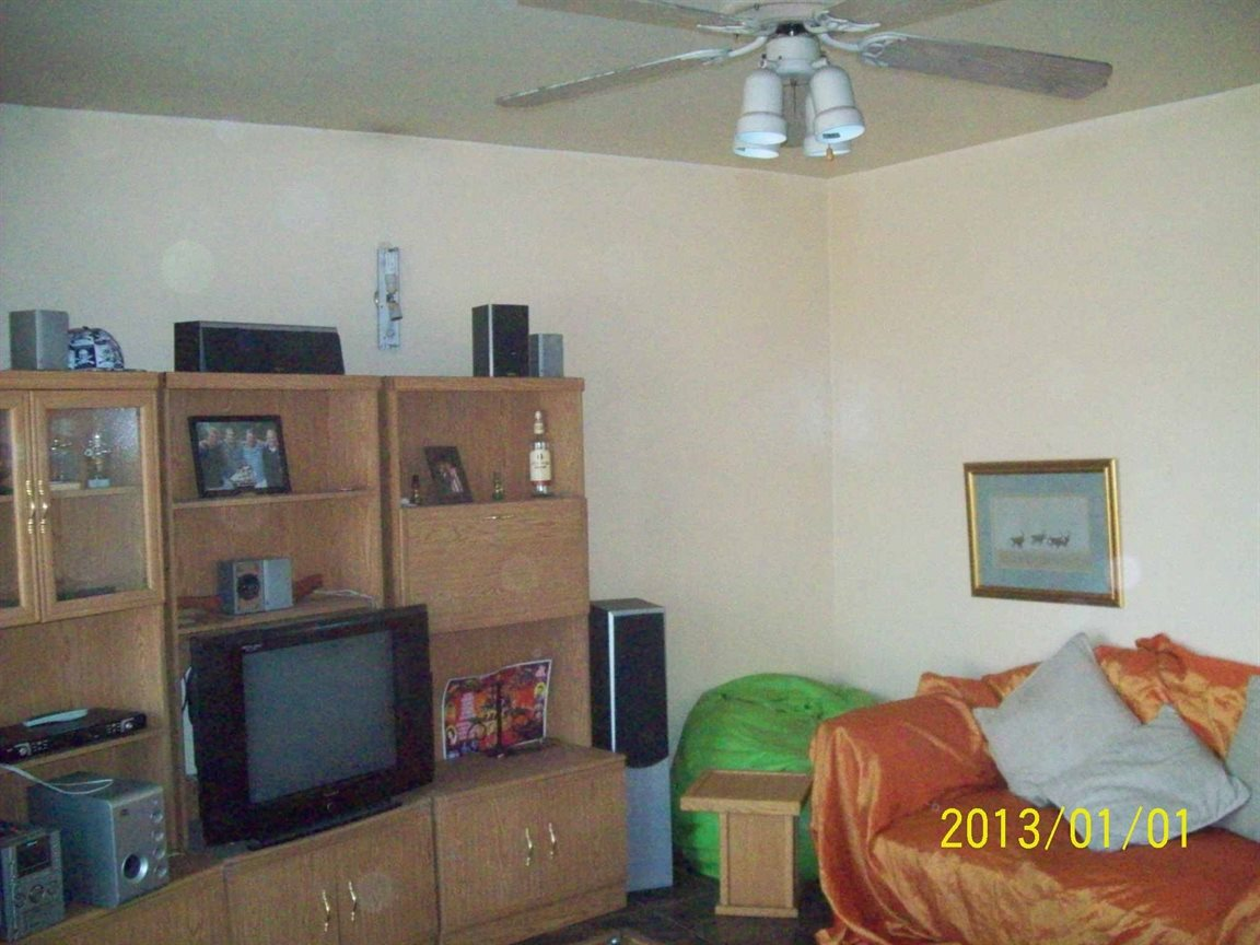 Meyerton property for sale. Ref No: 13392407. Picture no 2