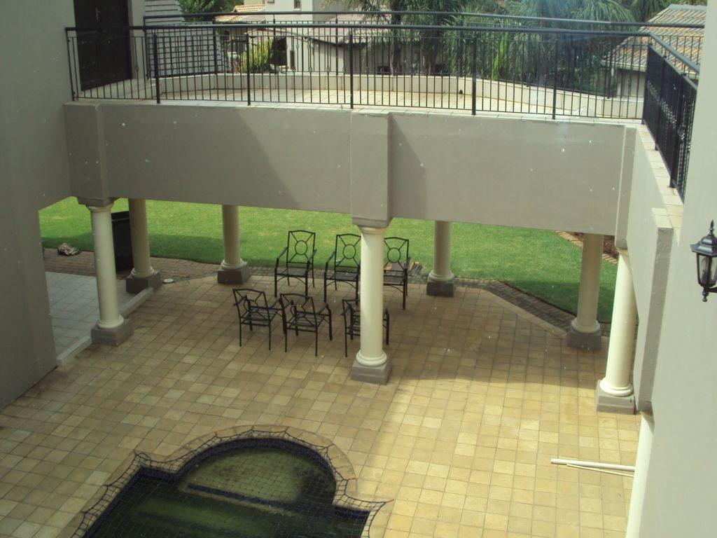 Midstream Estate property for sale. Ref No: 12781454. Picture no 4