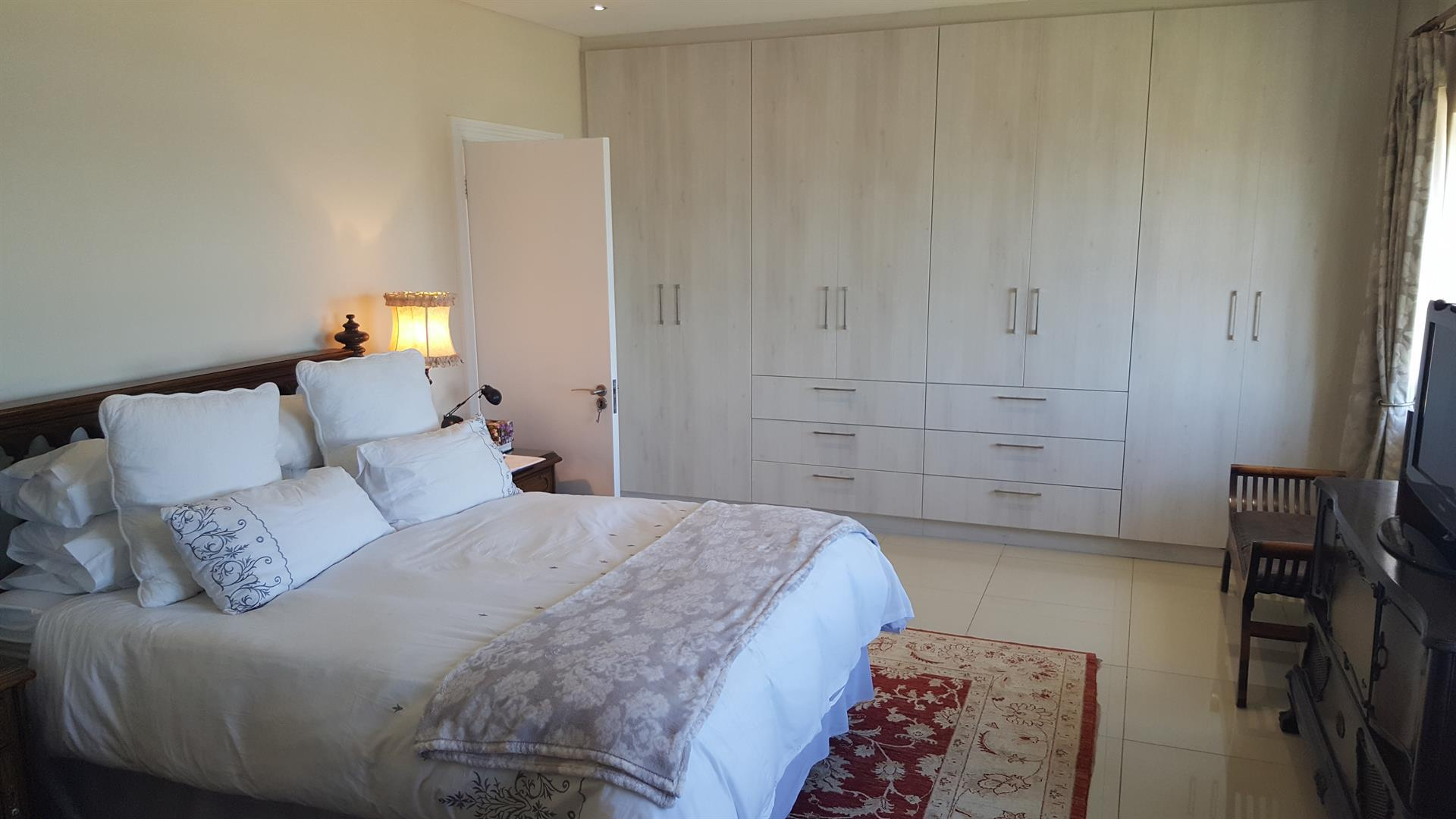 Yzerfontein property for sale. Ref No: 13454156. Picture no 20