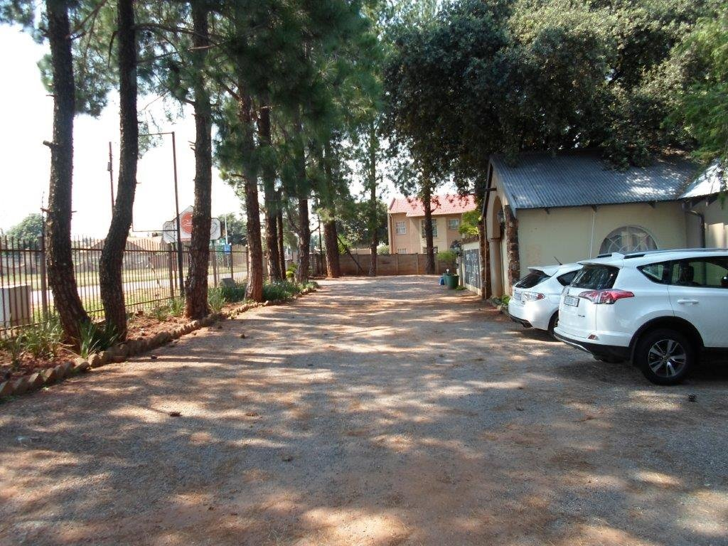 Die Hoewes property for sale. Ref No: 13479059. Picture no 9