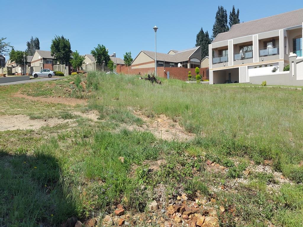 Rietvlei Heights Country Estate property for sale. Ref No: 13296024. Picture no 13